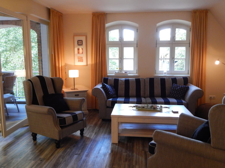 Wohnzimmer mit Loggia