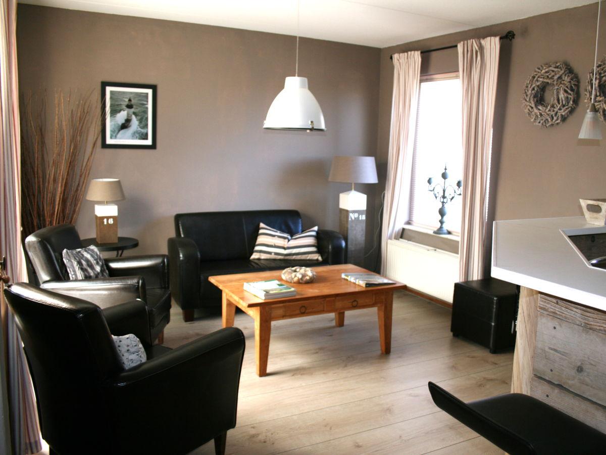 Ferienwohnung de korre 14 nord holland callantsoog - Eingerichtete wohnzimmer ...