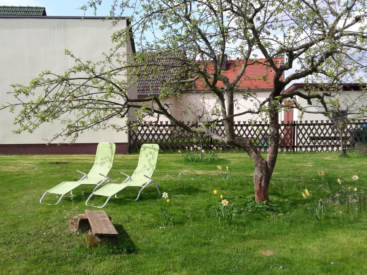 ferienwohnung wohnung 1 auf dem ferienhof h hensonne rathmannsdorf firma ferienhof h hensonne. Black Bedroom Furniture Sets. Home Design Ideas