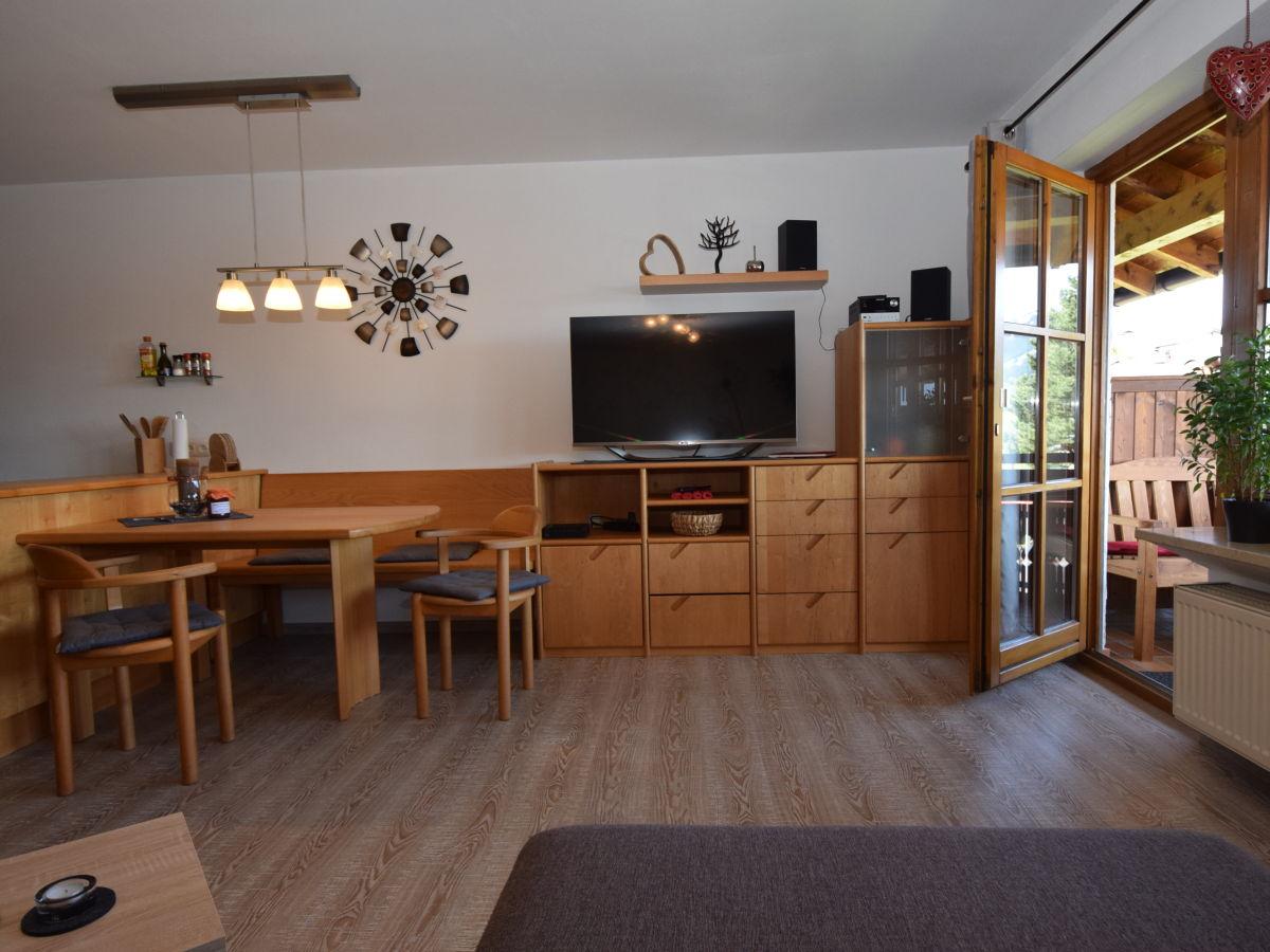 ferienwohnung daniela buhl oberallg u firma ferienwohnung daniela buhl frau daniela buhl. Black Bedroom Furniture Sets. Home Design Ideas