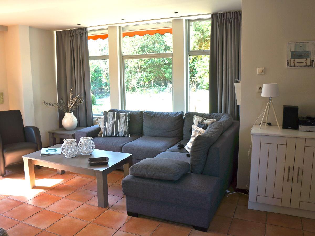 Ferienhaus de horizon 63 zeeland renesse firma sorglos for Sitzecke wohnzimmer