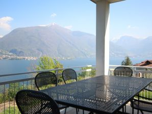 Holiday house White house - Lake view Villetta