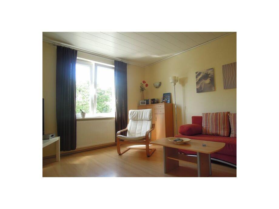 Wohnzimmer (Sofa bereits erneuert)