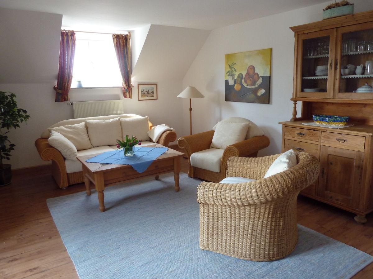 haus wohnzimmer oben:Ferienwohnung Fischerhäusl, Ammersee, Oberbayern – Familie Gabriele u