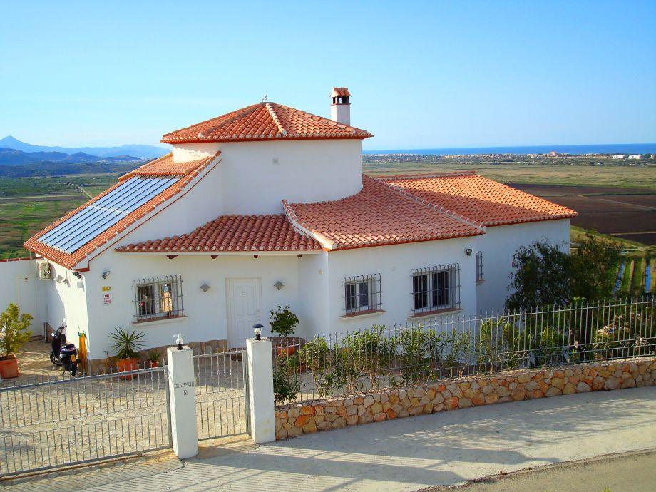Ferienhaus in exponierter Lage mit imposantem Ausblick