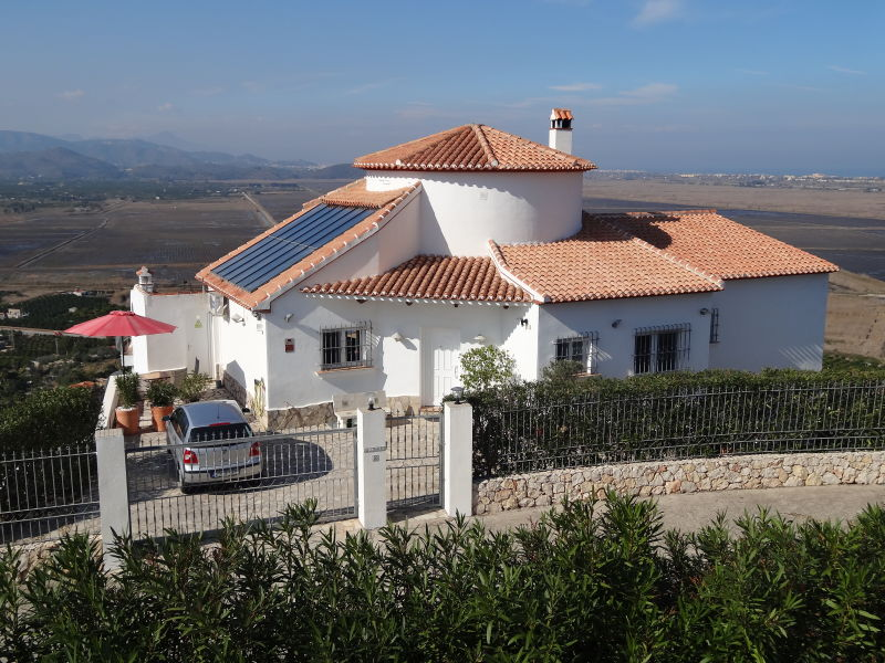 Ferienhaus in exponierter Lage mit Privatpool