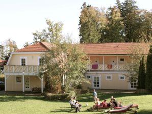 Ferienwohnung Alte Rezeption Buchenhain, Feldberger Seen