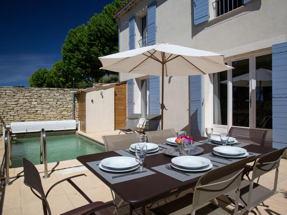 Ferienhaus mit Pool nahe Gordes, im schönen Luberon