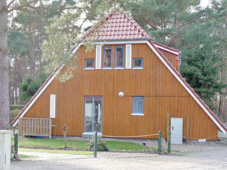 Ferienhaus in Zingst von außen