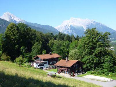 Hänsel im Alpen Knusperhäuschen