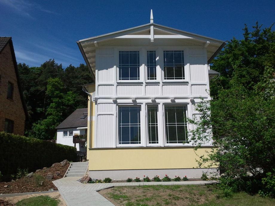 Front des Hauses von der Seestraße aus