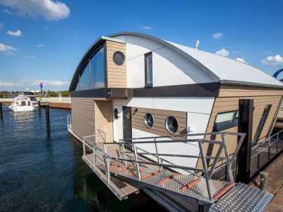 Floating House der Luxusklasse!