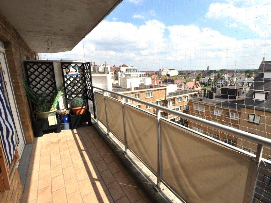 Der große Balkon