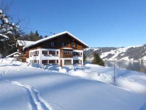 Ferienwohnung Hornblick im Landhaus Sinz