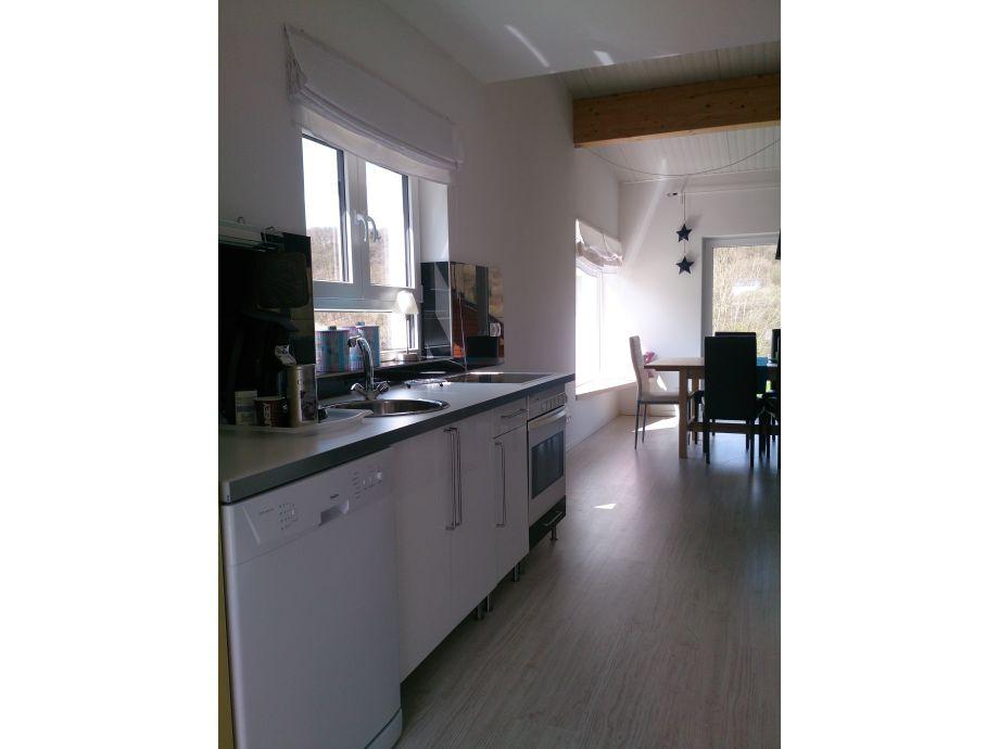 ferienwohnung haus leoni eifel frau claudia sonntag. Black Bedroom Furniture Sets. Home Design Ideas