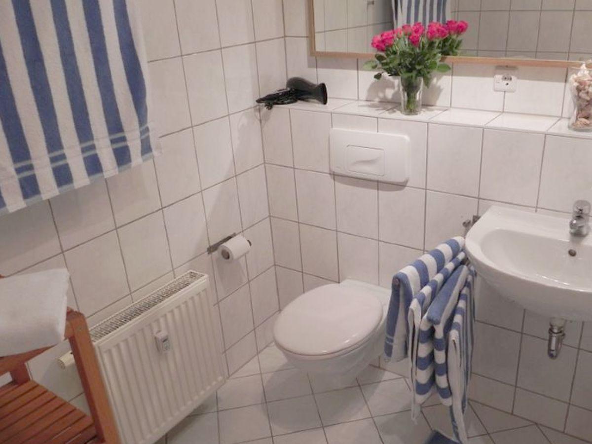 ferienwohnung karl heine 3 zimmer inkl wlan leipzig stadt herr o geray. Black Bedroom Furniture Sets. Home Design Ideas