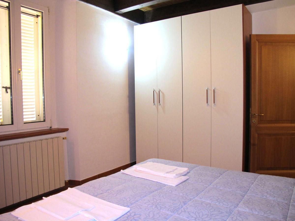 ferienhaus cala civette hochlage ber der bucht von follonica toskana firma traumtoskana. Black Bedroom Furniture Sets. Home Design Ideas