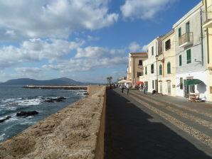 Ferienwohnung Bastioni, Traumlage am Meer in Alghero