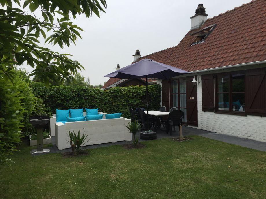 Garten/Terrasse hinten