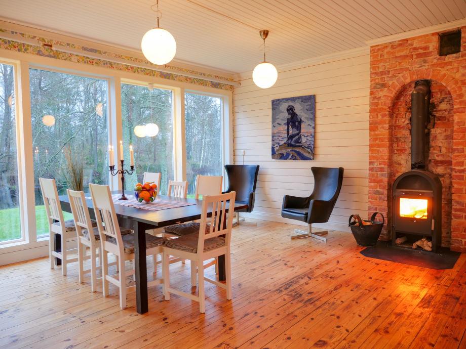 ferienhaus sj villan am see mit badetonne schweden. Black Bedroom Furniture Sets. Home Design Ideas