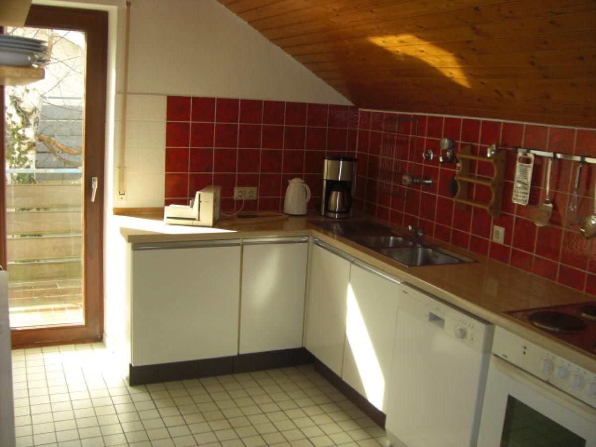 Ferienwohnung im haus behr seenah ruhig bodensee herr for Küche mit elektroger ten und spülmaschine