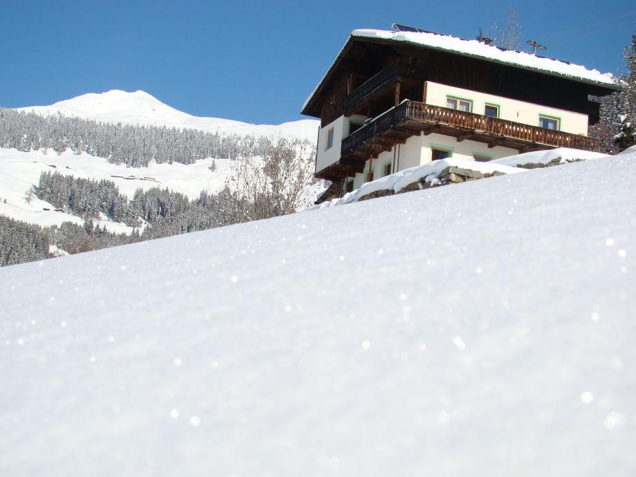 Berghaus mit Wiedersbergerhorn