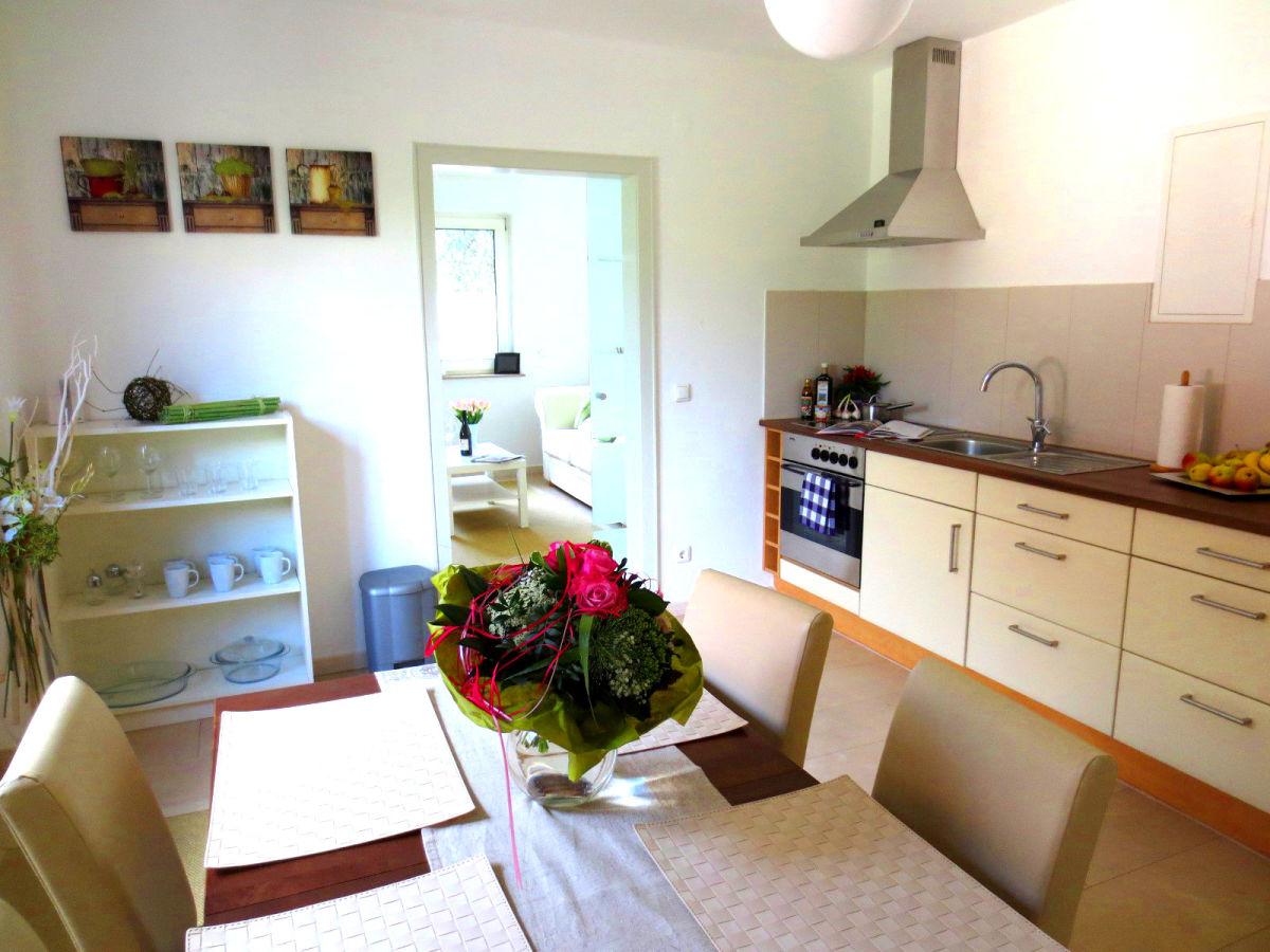 Behindertengerechte kuchenzeile for Kuchenstudio berlin prenzlauer berg