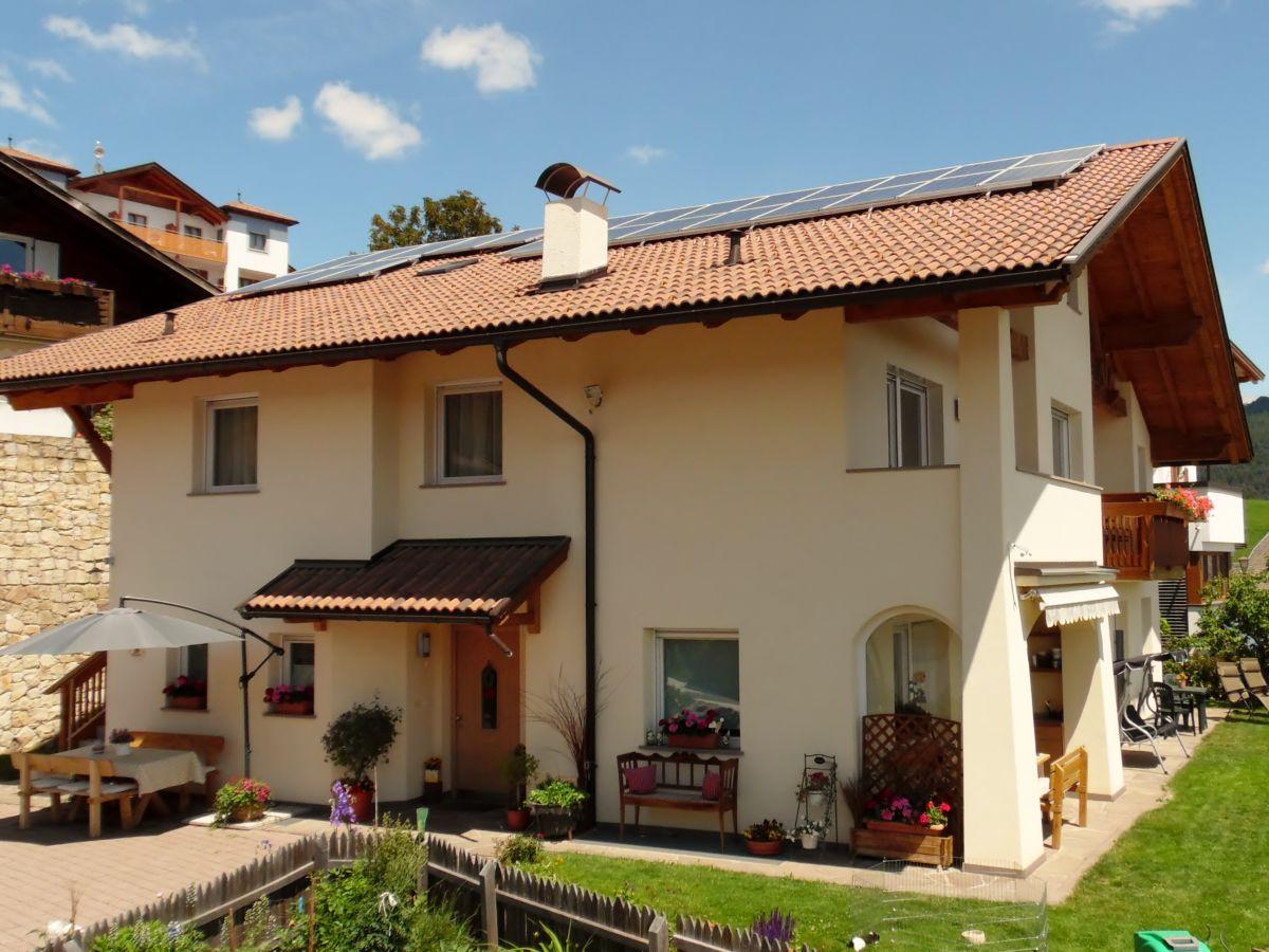 Ferienwohnung im Haus Sonnschein Südtirol Meran Schenna