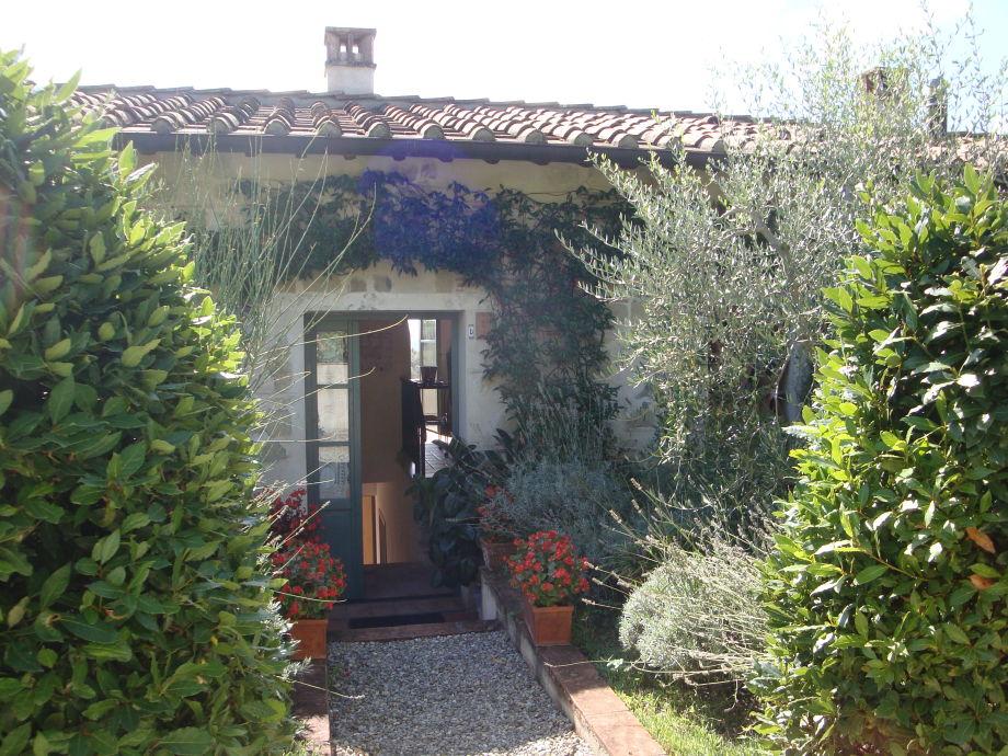 Der Eingang von Giotto