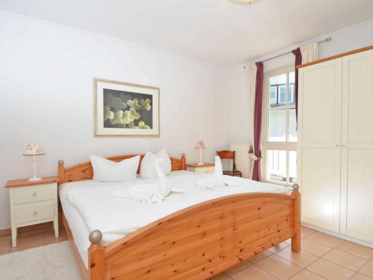 ferienwohnung 9 in der villa granitz f603 binz firma ostseeappartements r gen herr. Black Bedroom Furniture Sets. Home Design Ideas