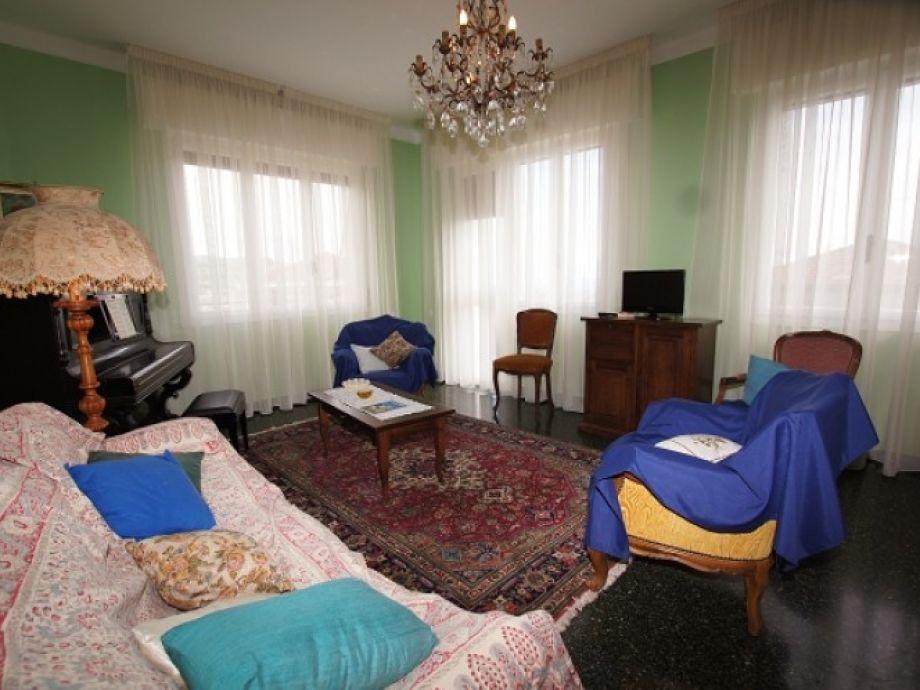 ferienwohnung casa belvedere blumenriviera ligurien firma blumenriviera gmbh herr raul cocca. Black Bedroom Furniture Sets. Home Design Ideas