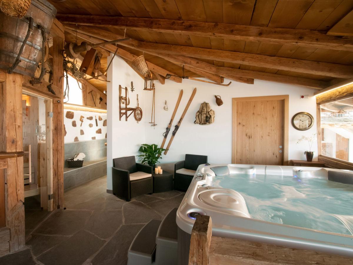 Ferienwohnung seppl residence unterm sslhof meraner - Sauna whirlpool ...