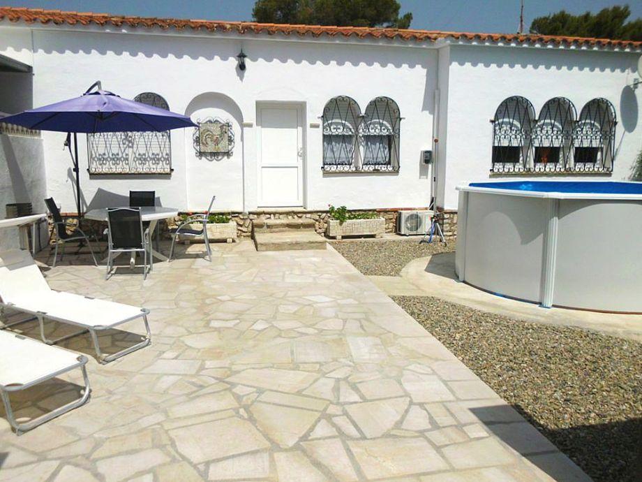 Ferienhaus Mirasol mit Sonnenliegen