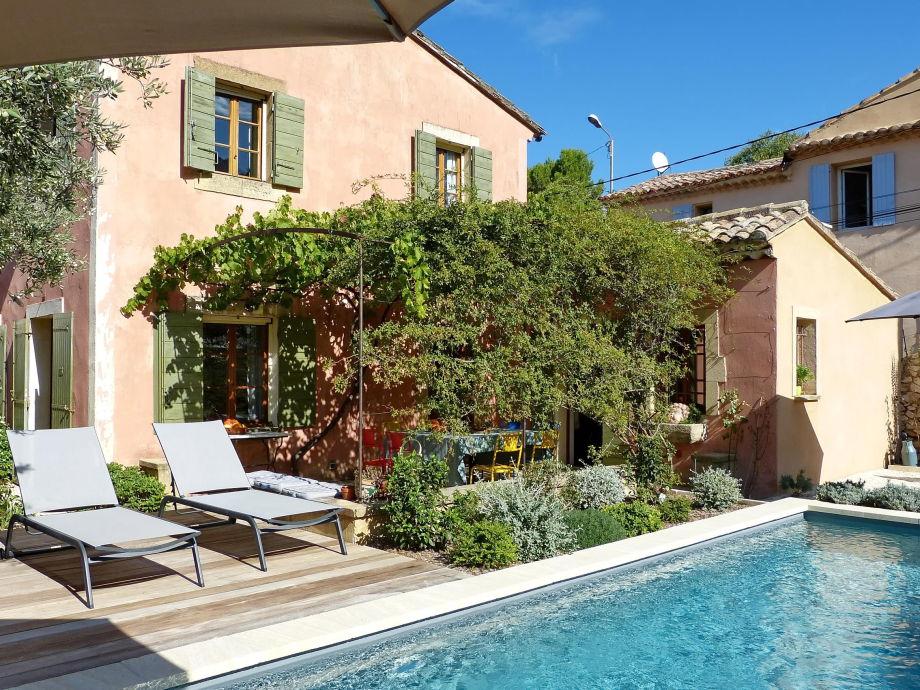 Ferienhaus mit Pool in Robion in der Provence