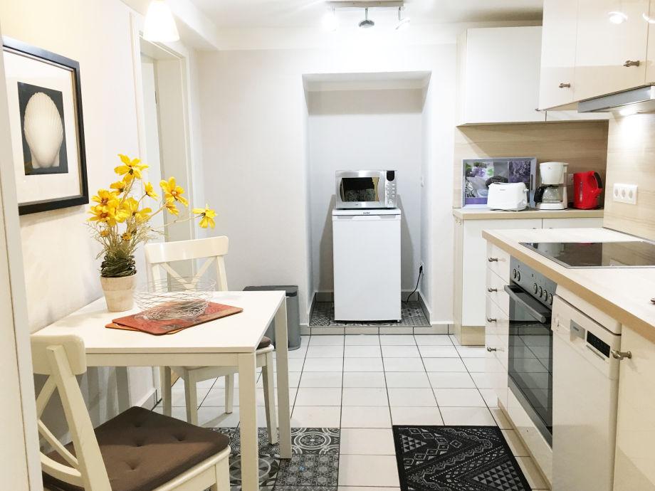ferienwohnung seesand ostseebad binz insel r gen firma appartement vermittlung ott frau. Black Bedroom Furniture Sets. Home Design Ideas