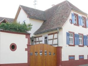 Ferienwohnung Fam. Pfirrmann, An der Steinmühle 11