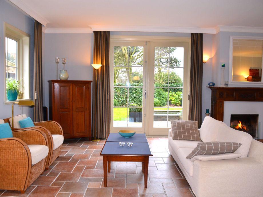 Ferienhaus duinstolp nord holland limmen firma b home with us frau brigitte zinkl - Fernseher wohnzimmer ...