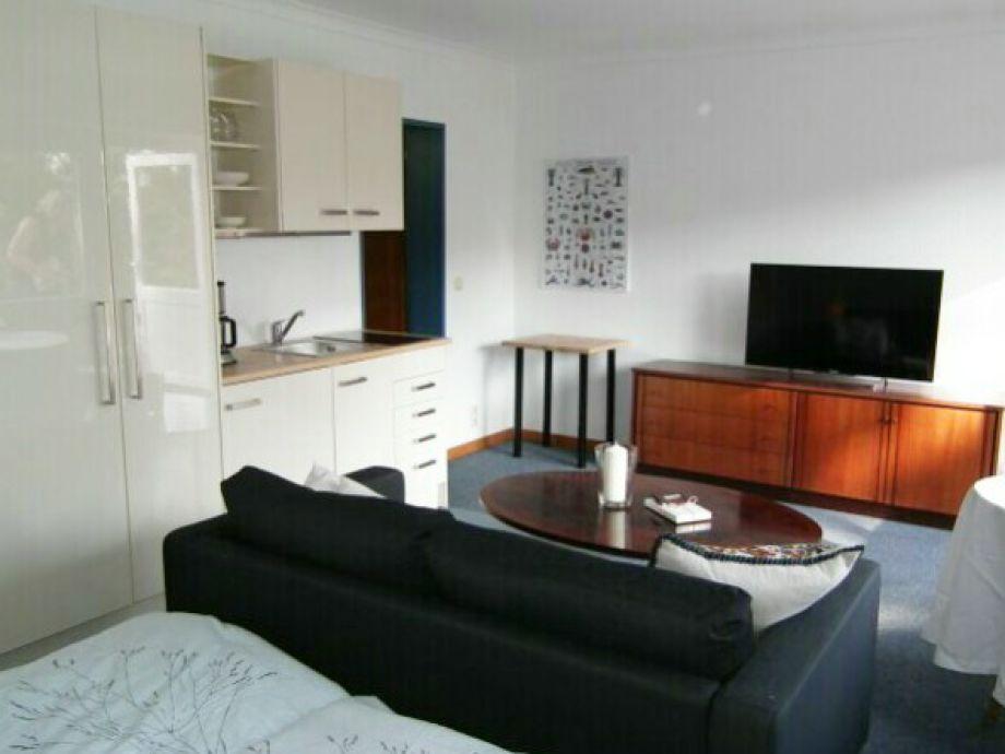 ferienwohnung vier jahreszeiten l becker bucht. Black Bedroom Furniture Sets. Home Design Ideas