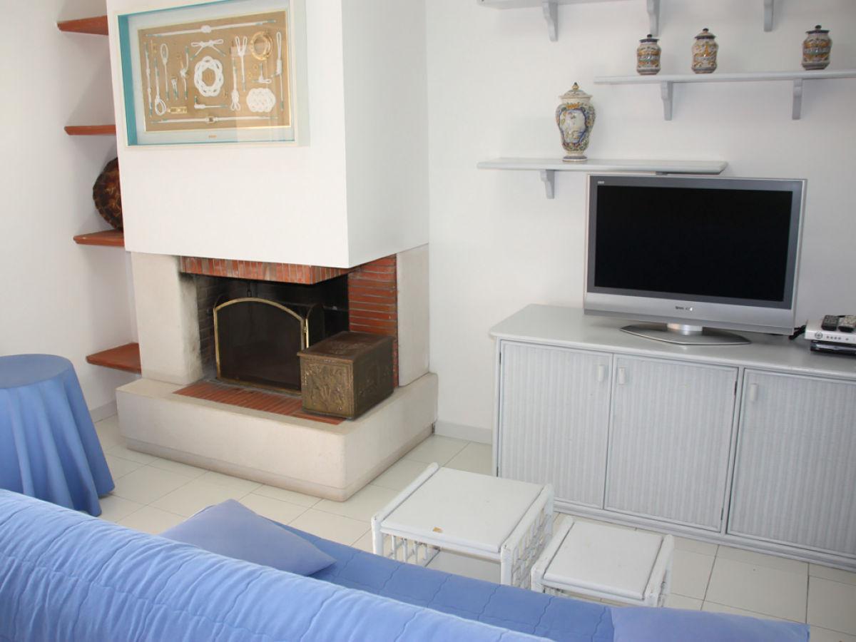 villa santa marina furnari yachthafen portorosa firma ferienhaus sizilien herr oskar golde. Black Bedroom Furniture Sets. Home Design Ideas