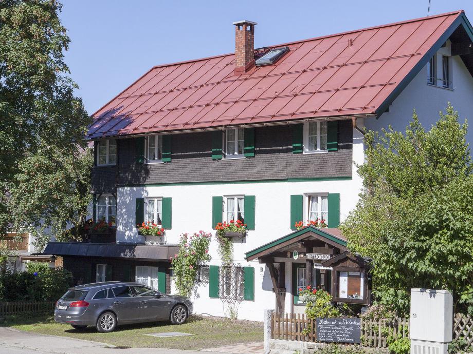 Haus Trettachblick mit dem Ferienapartment - Oberstdorf