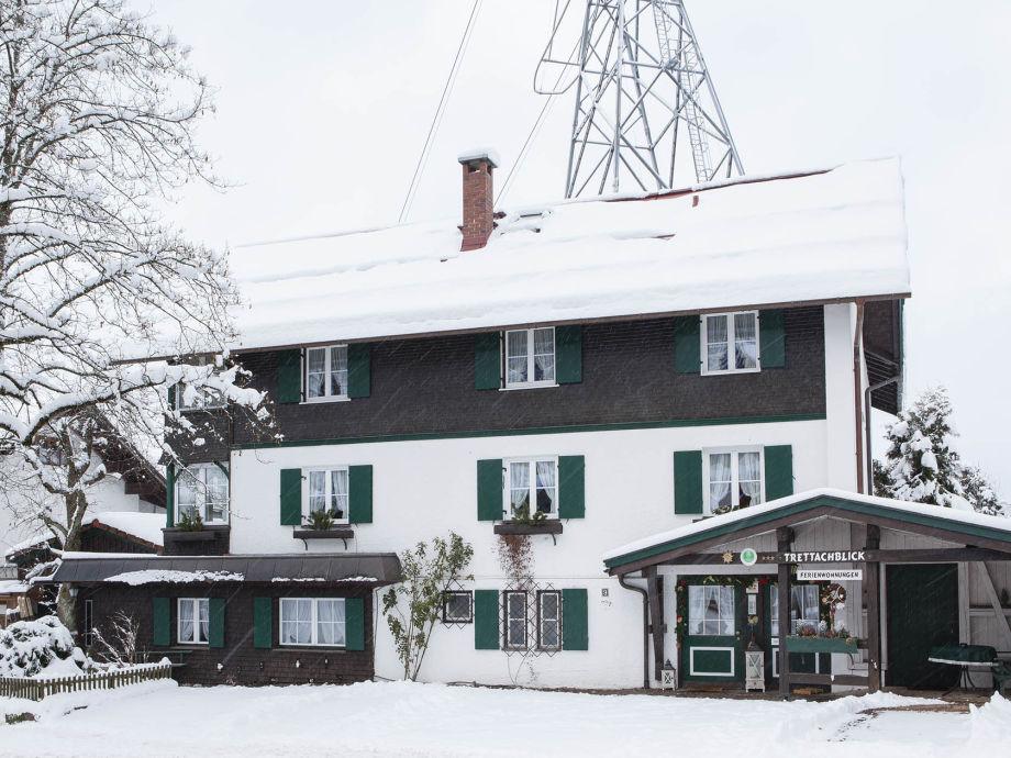 Haus Ferienwohnungen Trettachblick im Winter