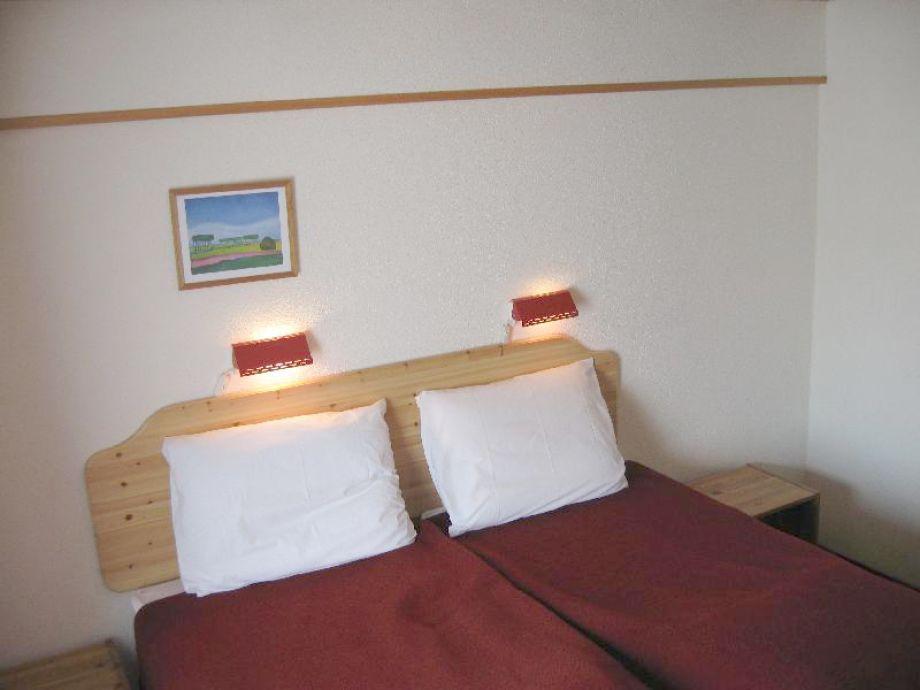 ferienwohnung de kersentuin seelaendisch flandern in zeeland nah an nordsee herr rineke roelse. Black Bedroom Furniture Sets. Home Design Ideas
