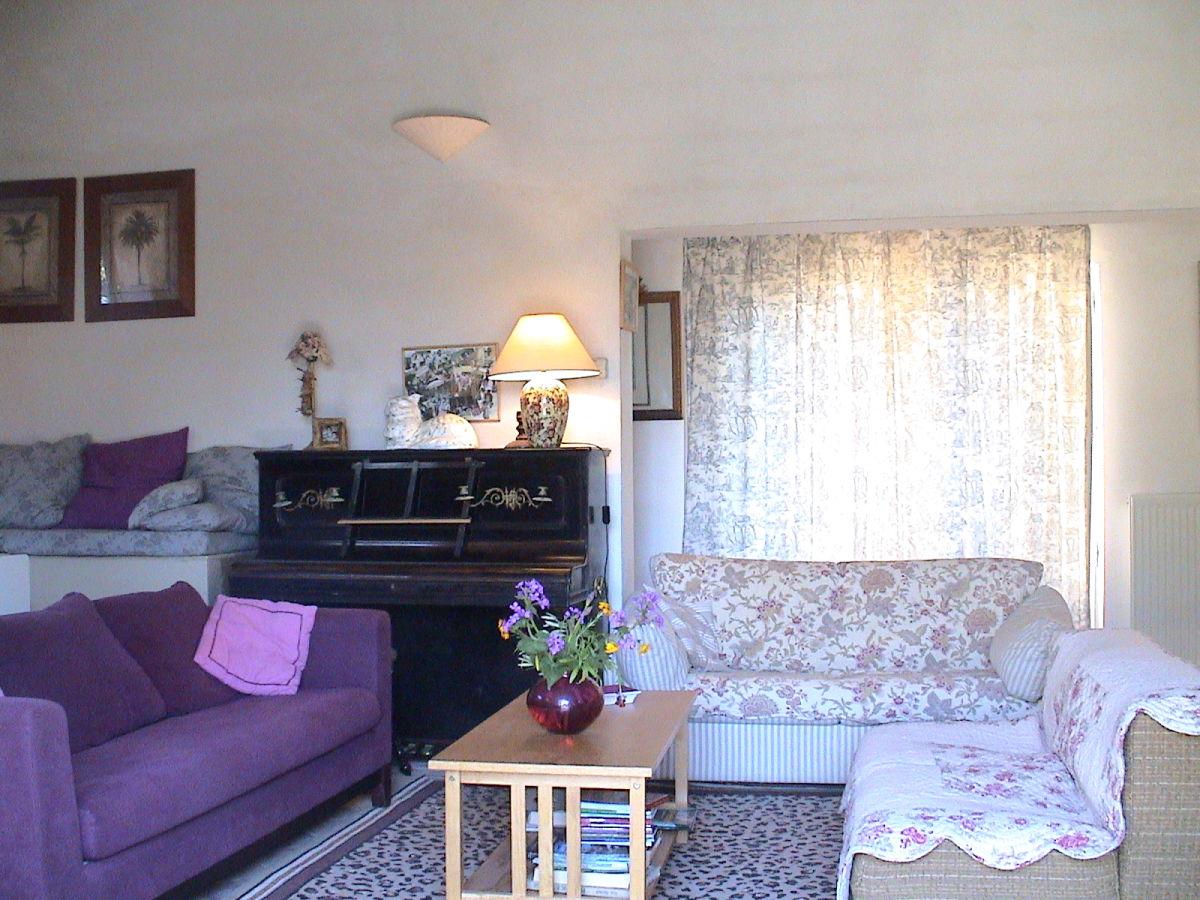 ferienhaus 701 jou joucas firma coquelicot gmbh frau chantal gundermann. Black Bedroom Furniture Sets. Home Design Ideas