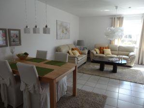 Moderne und komfortable Ferienwohnung