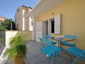 Ferienhaus Borna - zentrale Lage & strandnah