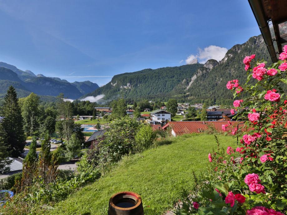 Herrlicher Panorama Blick auf die Berge
