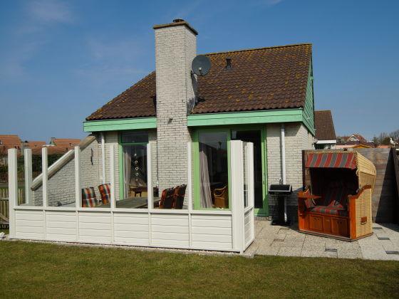 ferienhaus strandslag julianadorp nordholland herr gille en. Black Bedroom Furniture Sets. Home Design Ideas