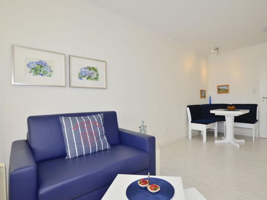 Helles Appartement mit Essplatz und Zweisitzercouch