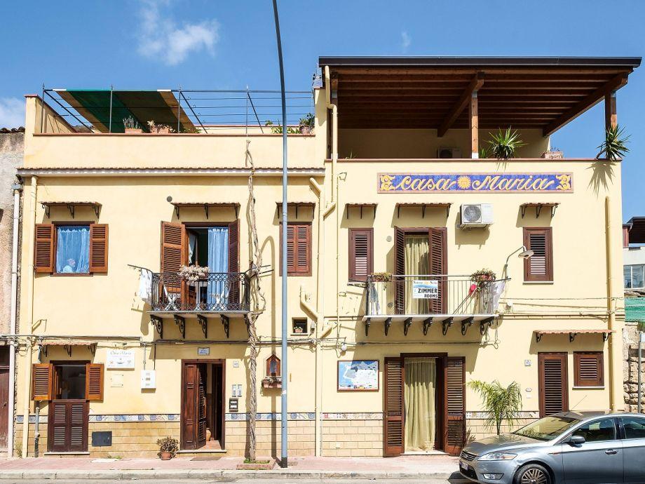 Casa Maria, Santa Flavia