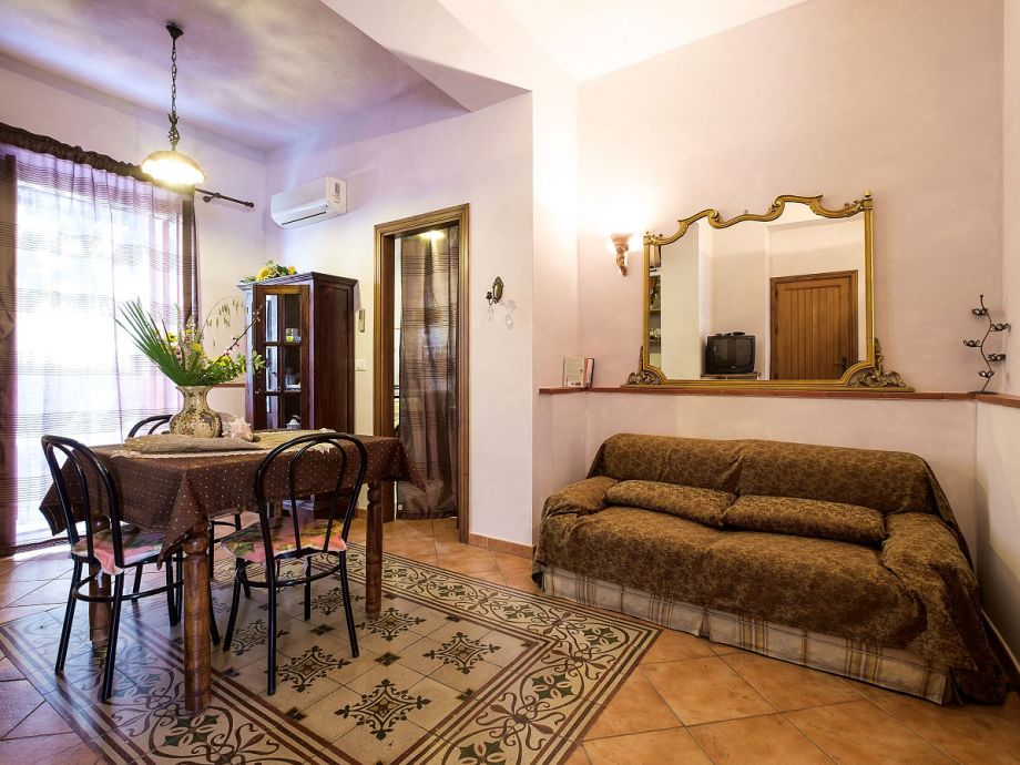 ferienwohnung casa maria sizilien santa flavia herr thomas gr ner. Black Bedroom Furniture Sets. Home Design Ideas